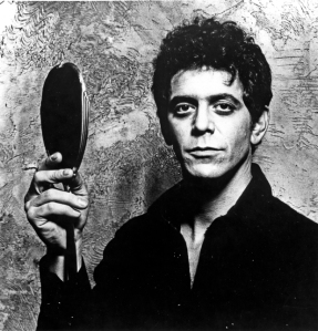 music-lou-reed-holds-mirror-1970