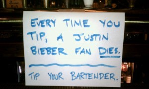 funny-tip-bartender-sign-1
