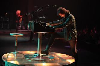 Lawrence-Gowan-Live-with-Styx-2012-lawrence-gowan-32590389-960-639