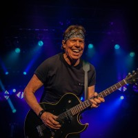 'Lonesome' George Thorogood Does Not 'Drink Alone'! Montreal Concert Review