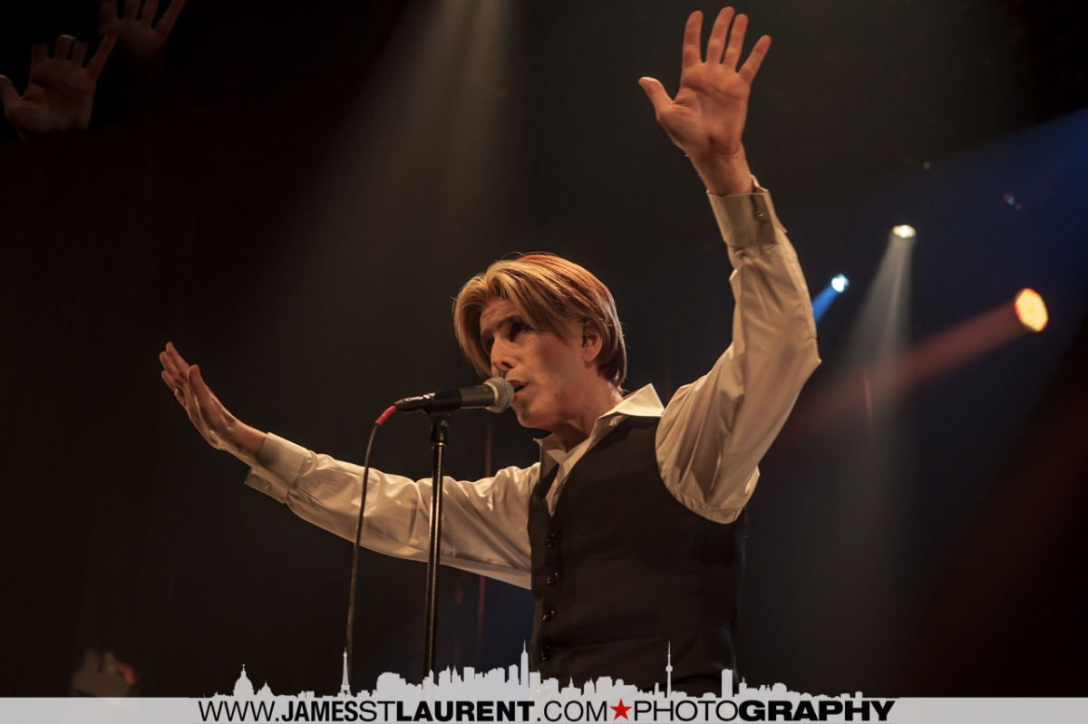 David Bowie Impersonates David Brighton - Art Imitating Life