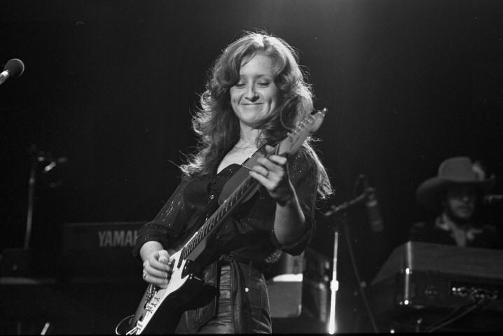 Bonnie Raitt In Montreal Like A Fine Wine Rick Keene Music Scene