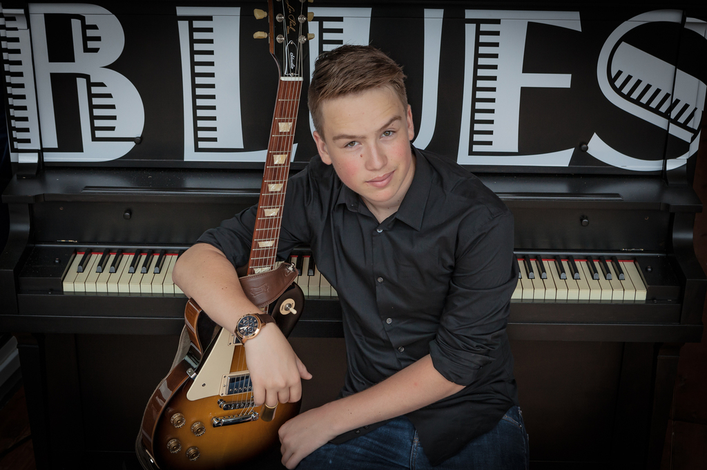 Rick Keene Music Scene – Spencer MacKenzie ; Canada's Next Guitar Great?