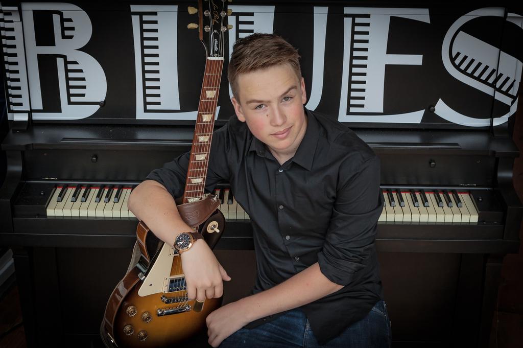 Rick Keene Music Scene – Spencer MacKenzie ; Canada's Next GuitarGreat?