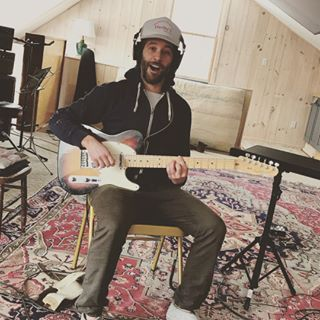 Rick Keene Music Scene – Chris Velan is No 'Amateur' on LatestAlbum