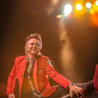 Rick Keene Music Scene - Lawrence Gowan is Poised To Conquer Quebec. Again !