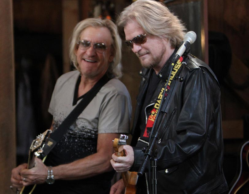 Rick Keene Music Scene – Ten Additional Episodes Of LIVE FROM DARYL'S HOUSE Including Tommy Shaw of Styx