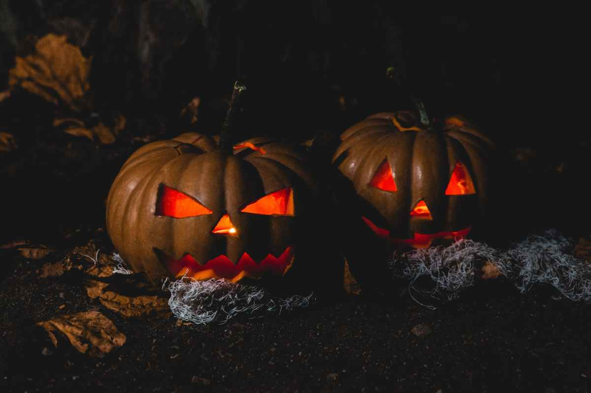 Rick Keene Music Scene – A Very Scary Hallowe'en Special